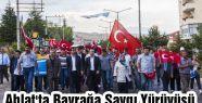 Ahlat'ta Bayrak yürüyüşü