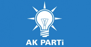 AK Parti konvoyunda kaza