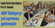 AKP Türkiye'yi yol ayrımına getirdi
