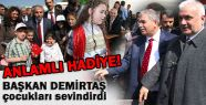 Başkan Demirtaş' tan  Çocuklara Çok Anlamlı Hediye