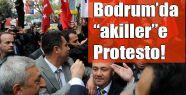 Bodrum'da Akillere Bayraklı Protesto