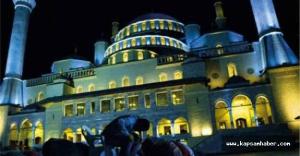 Camii'lerde Kadir Gecesi heyecanı