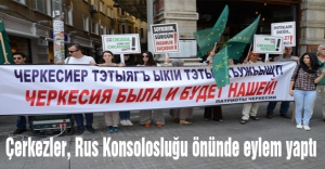 Çerkezler, Rus Konsolosluğu önünde eylem yaptı