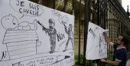 Charlie Hebdo'dan 'Yayına Devam' Kararı