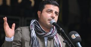 Demirtaş 'barış' derken 'PKK' savaş diyor