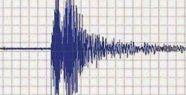 Ege`de Deprem Paniği