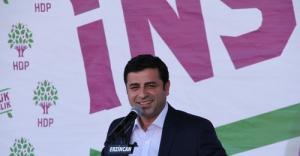 Erdoğan'ın gösterdiği Kürtçe meal, Diyanet'in değil, bir vakfın