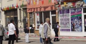 Eskişehir'de HDP Bürosuna saldırı