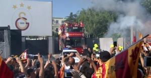 Galatasaray Florya'dan ayrıldı