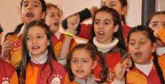 Galatasaray'a Azerbaycanlı miniklerden destek