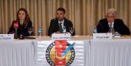 'Gazeteciler kendi meslektaşlarının hak ihlalleri konusunda sessiz kalıyor'