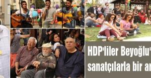 HDP'liler sanatçılarla bir araya geldi