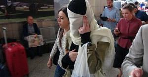 IŞID'e katılmak için Türkiye'ye gelen Rus kız yakalandı