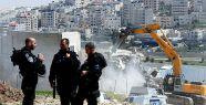 İsrail, Filistinlilerin evini yıktı...