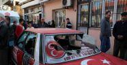 İzmir'de mhp seçim bürosuna saldırı...