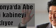 Japonya'da Abe yeni kabineyi açıklıyor
