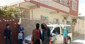 Kimlik Kontrolü Yapan Teröristlerle Polis Arasında Çatışma