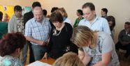 Kırım Tatarları Oy Kullanıyor