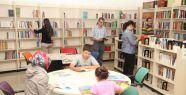 Kütüphaneler Sessizliğinden Kurtuluyor...