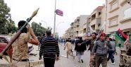 Libya'da kabileler çatıştı...