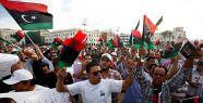 Libya'da seçimler ertelendi...