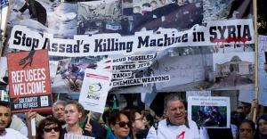 Londra'da mültecilere destek yürüyüşü