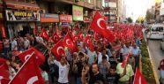 Mersin'de Bayrağa Saygı Yürüyüşü...