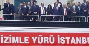MHP, İstanbul 1. bölge milletvekilleri halkla buluştu