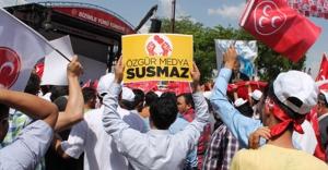 MHP'nin Gaziantep mitinginde protesto