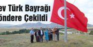 MHP'li Demirel Dev Bayrağı Göndere Çekti