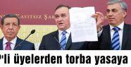 MHP'li üyeler torba yasaya tepki gösterdi