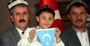 Milletimiz adına AKP ve CHP'yi kınıyorum