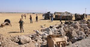 Muş'ta askeri aracın geçişi sırasında patlama...