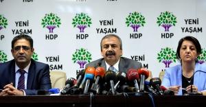 Öcalan'a müzakere konumu sağlanmalı