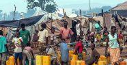 Orta Afrika'ya 70 ton yardım malzemesi