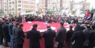 Özgür medyaya operasyon tepkisine polis engeli