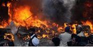 Pakistan'da Bakan'a Silahlı Saldırı