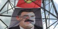 PKK Dev Bayrak Astı