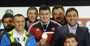Rıza Kayaalp 4. kez Avrupa Şampiyonu...