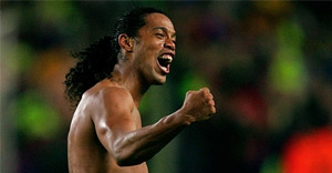 Ronaldinho Türkiye'ye geliyor