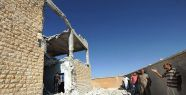 Suriye'de okula füze saldırısı...