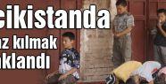 Tacikistanda namaz kılmak yasaklandı