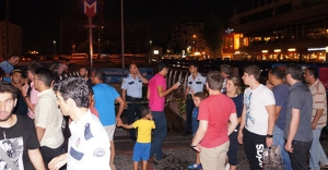Taksim şüpheli çanta ortalığı birbirine kattı