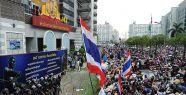 Tayland'da olağanüstü hal kaldırıldı...