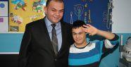 Ülkü Ocakların'dan Zihinsel Engelliler Okuluna Ziyaret