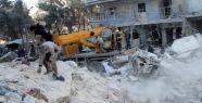Varil bombaları Halep'i harabeye çevirdi...