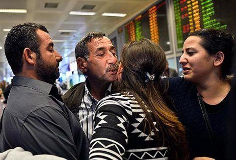 Türk işşçiler Türkiye'ye getirildi...