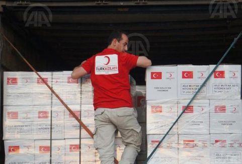 Türk Kızılayı'ndan Bosnalılara destek