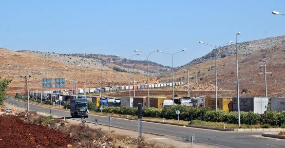 Türk TIR sürücülerinin eylemi sürüyor