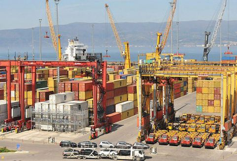 Türkiye ekonomisi yüzde 4 büyüdü...